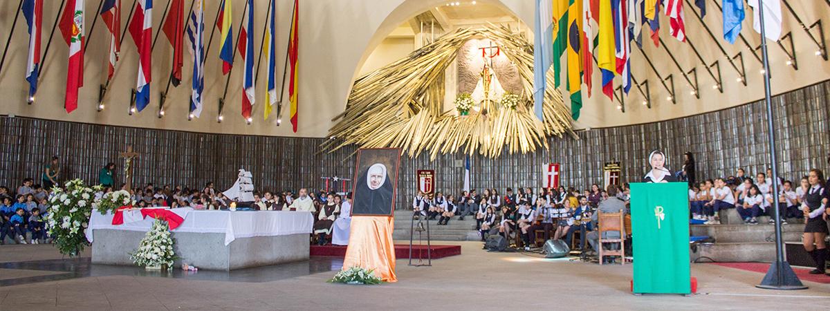 Colegio Providencia Carmela Larraín de Infante celebró Acción de Gracias por Madre Bernarda Morin
